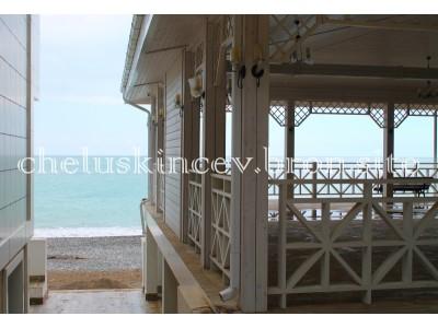 Дом отдыха «Челюскинцев» |  летняя веранда у моря
